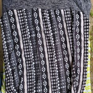 Sweaters - Grey Sweater with Print Back